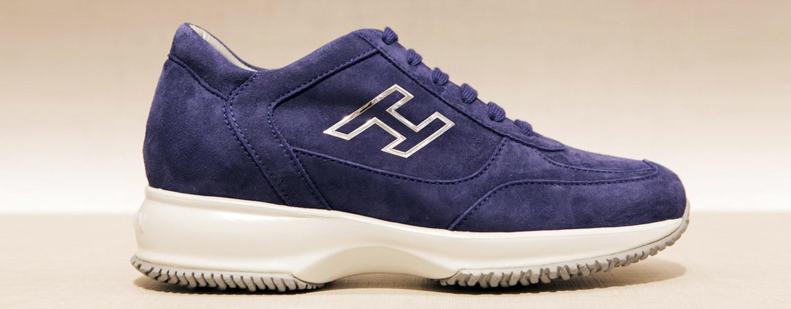 Napoli  producevano false scarpe Hogan a7ab4b6e605