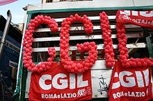 Carro_CGIL_al_Gay_Pride_nazionale,_Roma,_16-6-2007_-_Foto_Giovanni_Dall'Orto_3